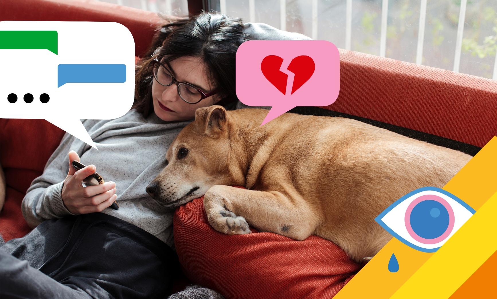 Frau kuschelt mit Hund